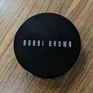 Bobbi Brown Bronzer in golden light